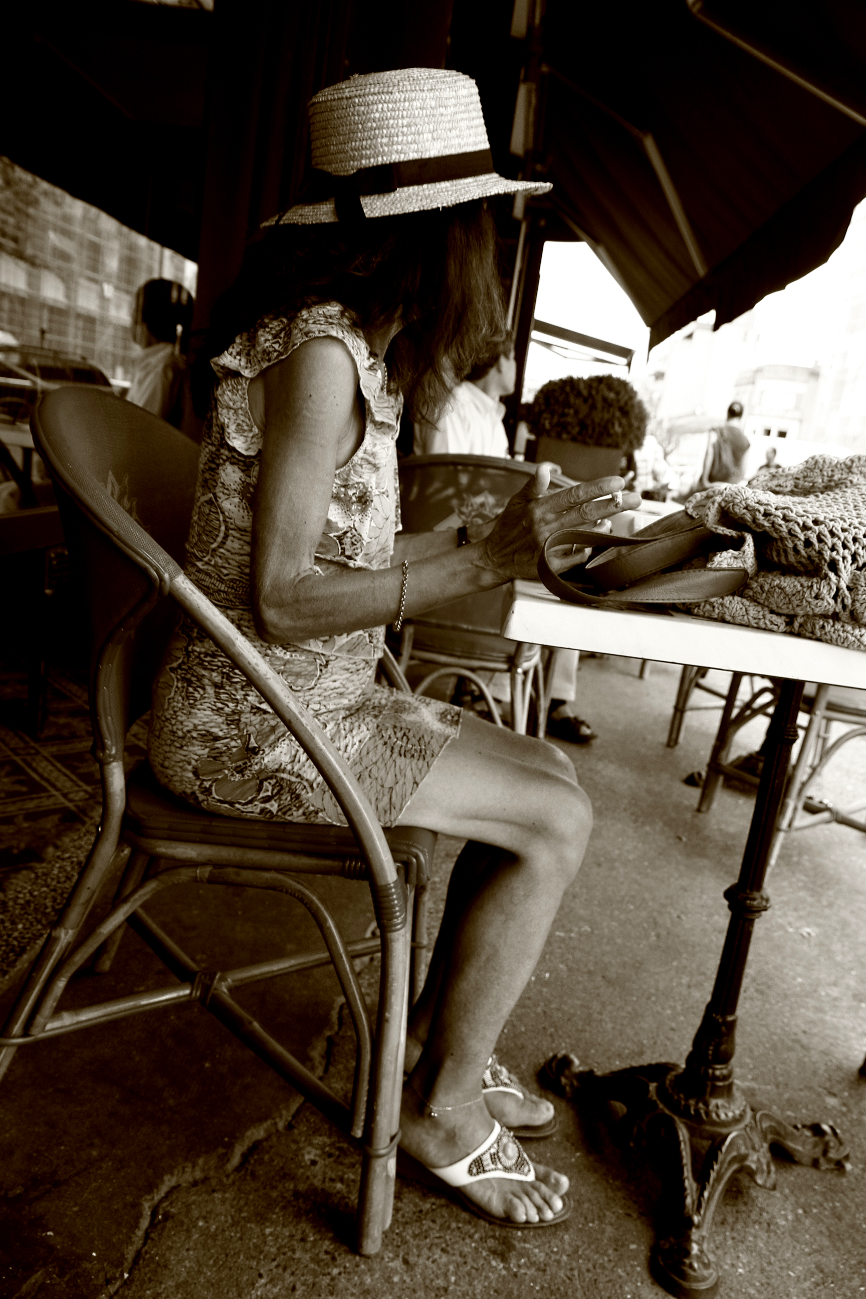 La femme du café à Montauban.